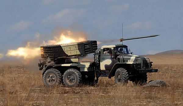 """БМ-21 """"Град"""" (9К51) - реактивная построение залпового огня"""